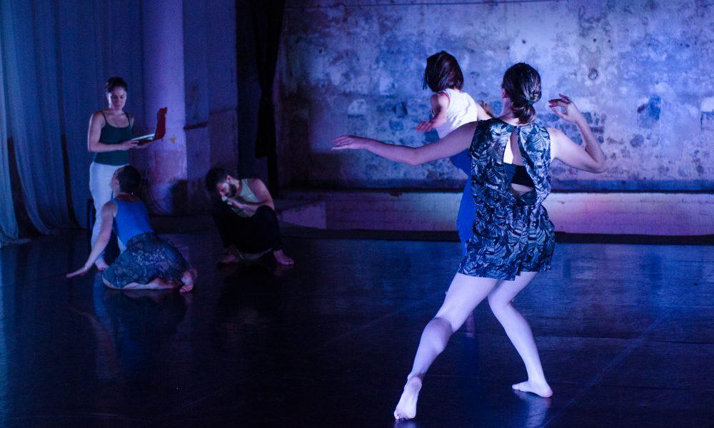 http://www.danceahead.co.uk/wp-content/uploads/2018/05/I-Wish-I-Looked-Like-NunArts-Residency0497-1000x600.jpg